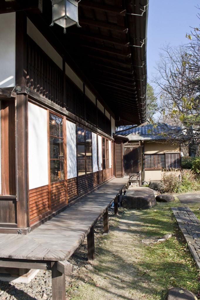 Der Engawa vom Besucherhaus auf dem RIKEN Forschungsgelände